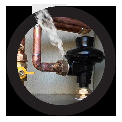reparación urgente de fugas en reguladores de gas natural